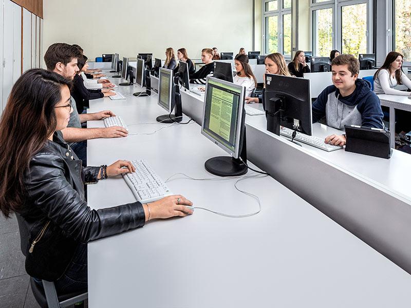 Berufskolleg Volksgartenstraße: Unsere Schule
